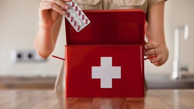CHCM Pharmacists On The Best OTC Drugs For Summer Traveling